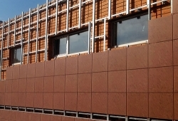 Особенности технологии монтажа фасадной системы из керамогранита