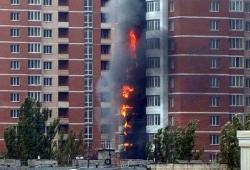 24.10.2013 В Донецке загорелось 24-этажное элитное здание