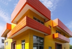 О безопасности применения АКП в навесных вентилируемых фасадах
