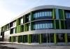 Уникальная солнцезащитная система установлена на фасаде школы в Нидерландах